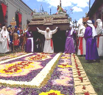 Passing over the alfombras. Copyright Michel Guntern